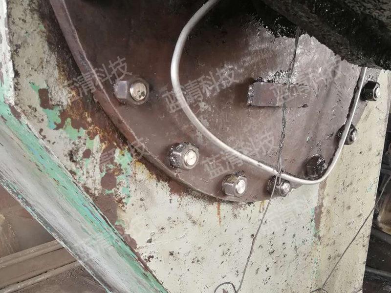 生产线油污干冰清洗前后